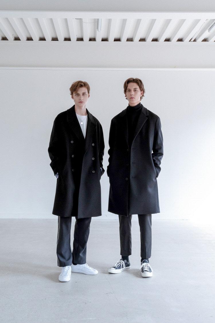 인사일런스(INSILENCE) DOUBLE OVERSIZE CASHMERE COAT (black)